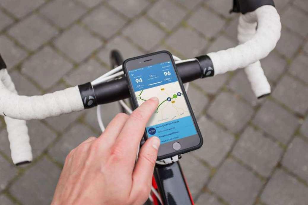 Smartphone verbod fiets: Fietsroute App & telefoonhouder blijft